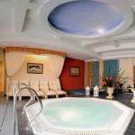 Świat sauny z basenem solankowym