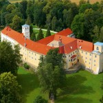 Zamek na Skale - widok z góry